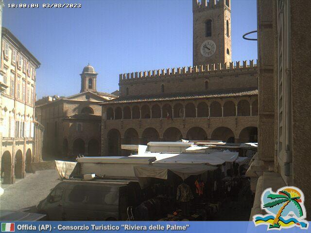 Offida Piazza del Popolo ore 10