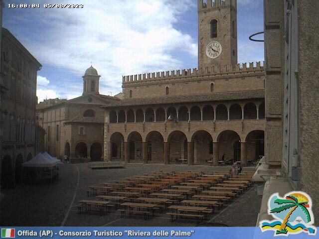 Offida Piazza del Popolo ore 16